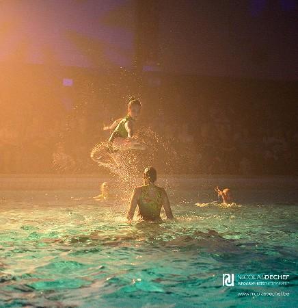 Photos prises lors d'un gala de natation synchronisée organisé par l'école de natation de Nivelles.<br /> <br /> Retrouvez toute la série ici:<br /> http://nicolasdechef.be/natation-synchronisee